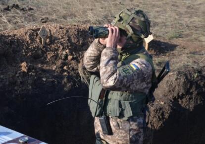Украинский военный в зоне ООС