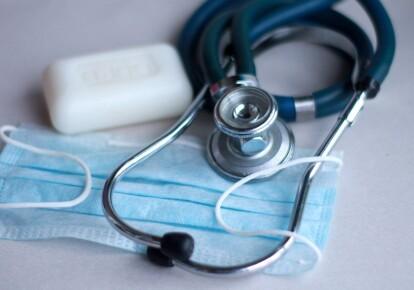Серед інфікованих — 1 748 дітей і 368 медичних працівників