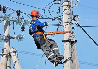 Украина вернулась к закупкам электроэнергии в России