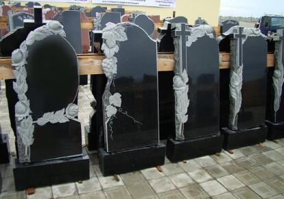 Во Львове дефицит мест на кладбище