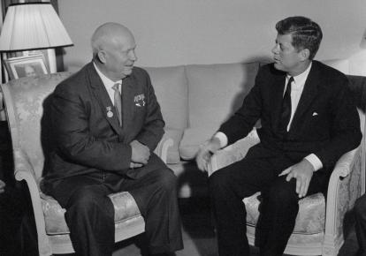 Зустріч президента США Джона Кеннеді і лідера СРСР Микити Хрущова (червень 1961 р.)