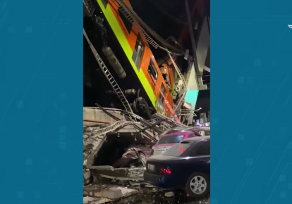 Обвал метромоста в Мексике