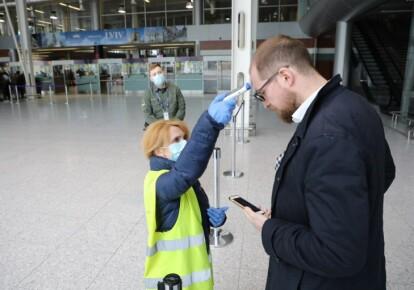 """В міжнародних аеропортах """"Бориспіль"""" і """"Львів"""" будуть розміщені ПЛР-лабораторії для швидкого проходження тестів на коронавірус / УНІАН"""