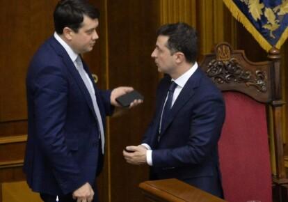 Глава Верховной Рады Дмитрий Разумков и президент Украины Владимир Зеленский