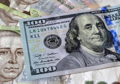 Контрольована девальвація гривні прискорить економічне зростання