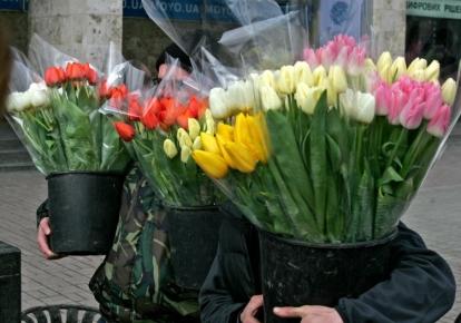 8 березня і 1 травня не перестануть бути святами
