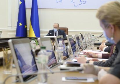 """Кабінет міністрів зняв з розгляду зміни до Закону """"Про очищення влади"""". Фото: УНІАН"""