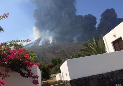 В Італії почалося виверження вулкану Стромболі