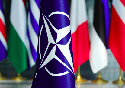 НАТО стоит задуматься над линией обороны Балтии