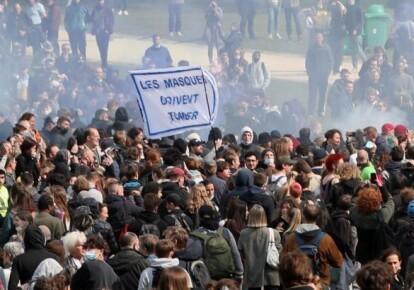 В Брюсселе разогнали вечеринку-протест против локдауна