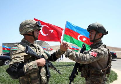 Турция и Азербайджан подписали декларацию о союзничестве