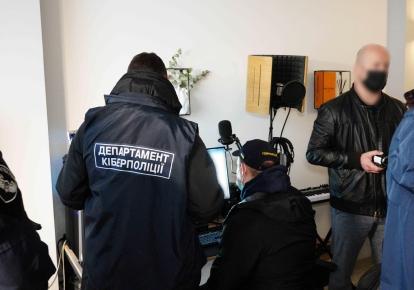 Украинский хакер нанес ущерб более чем 150 млн гривень