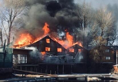 Пожар в столичном Гидропарке