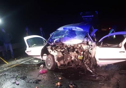 В результате ДТП погибли водитель и пассажирка Renault Kangoo