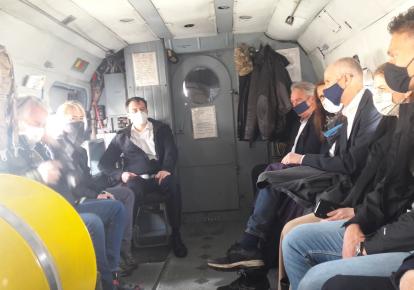 Міністри полетіли на Донбас