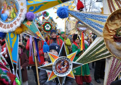 Вертеп - одна из украинских рождественских традиций
