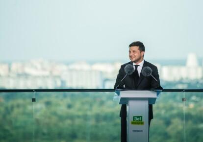 """Володимир Зеленський на з'їзді партії """"Слуга народу"""""""
