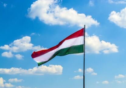 Венгрия ослабила карантин на границе