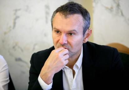 Святослав Вакарчук решил сдать мандат народного депутата. Фото: УНИАН