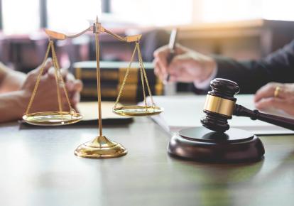 Незабаром почнуться судові справи, спрямовані на пошук і стягнення майна, виведеного бізнесменами на родичів