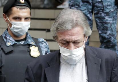 Михаил Ефремов признал свою вину в смертельном ДТП