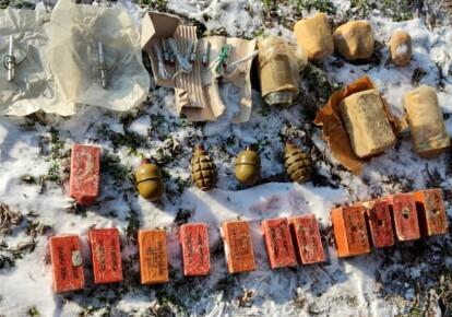 У схованці знайшли гранати та вибухівку