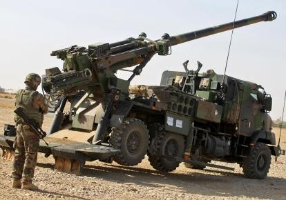 Самоходная пушкой-гаубиц калибра 155 мм  CAESAR во французской армии