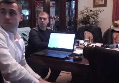 Руководитель детективов НАБУ Владимир Новиков во время обыска, на котором вызывали проституток