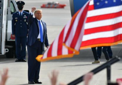 Дональд Трамп втрачає голоси американців