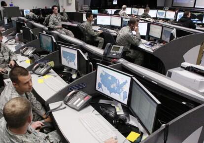 США намерены осуществить в ближайшие недели серию кибератак против России / wsj.com