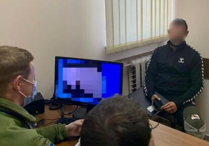 Російський блогер, якому оголосили про заборону в'їзду в України