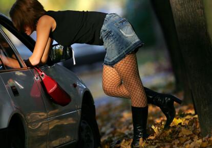 """В Одессе двое полицейских """"крышевали"""" проституцию / Shutterstock"""