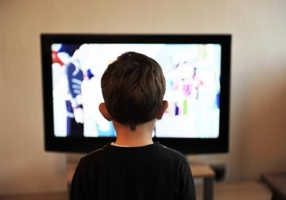 Дві третини серіалів демонструються російською мовою