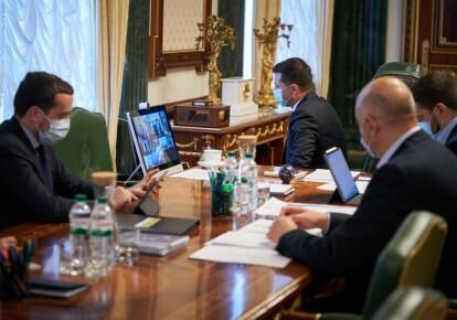 Владимир Зеленский призвал не спешить с продлением карантина / Офис президента