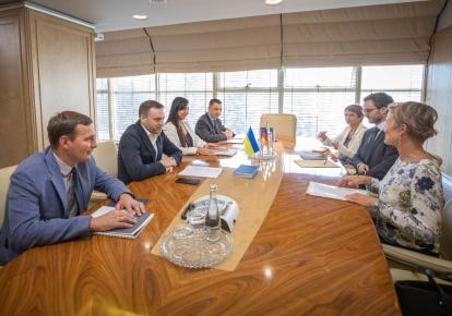 Денис Монастирський зустрівся з послом Німеччини в Україні Анкою Фельдгузен