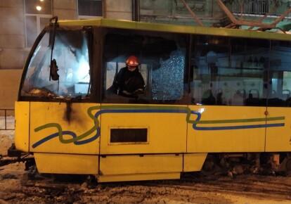 Во Львове загорелся трамвай