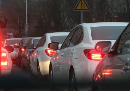 Город совместно с полицией решил разрешить быстрое движение по отдельным дорогам