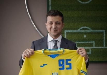 Владимир Зеленский форме сборной Украины
