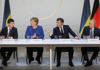 Володимир Зеленський, Ангела Меркель, Еммануель Макрон і Володимир Путін під час саміту в Парижі, 9 грудня 2019 р.