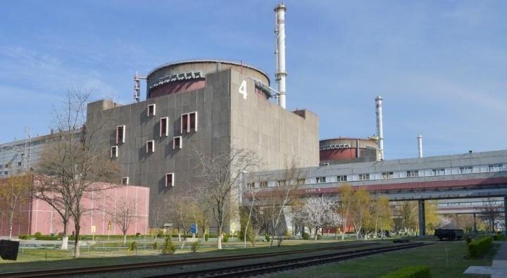 """""""Зеленый удав"""". Почему правительство останавливает блоки АЭС, но все равно хочет повышать тарифы"""
