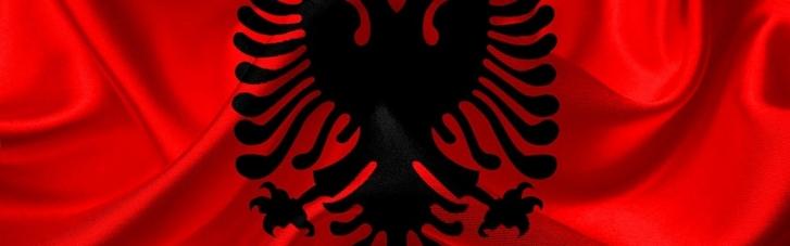Президенту Албании объявили импичмент, обвинив в нарушении Конституции