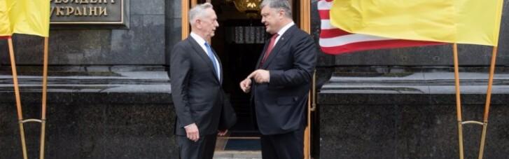 Встигнути за місяць. Що робив у Києві міністр оборони США