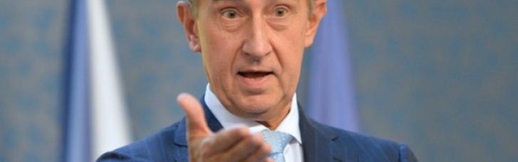 В знак солидарности: премьер Чехии просит страны ЕС высылать российских дипломатов