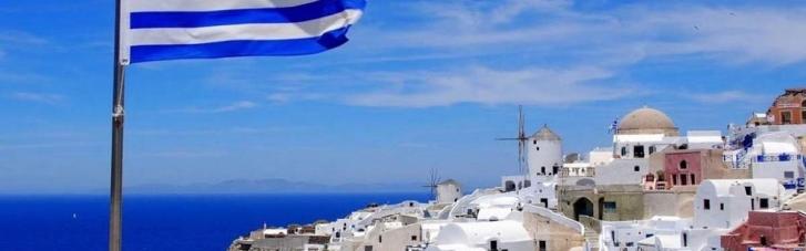 МЗС вивезе з Греції більше 500 туристів, які застрягли в країні через туроператора