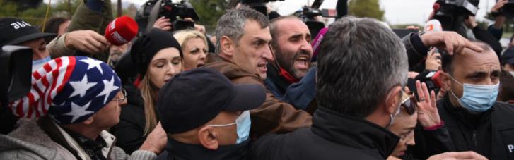 У руставской тюрьмы произошли столкновения сторонников Саакашвили и полиции, есть задержанные