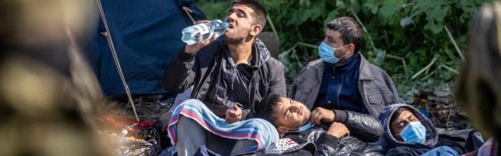 Беларусь вынудила десятки афганцев жить на границе с Польшей и не подпускает к ним гуманитарную помощь