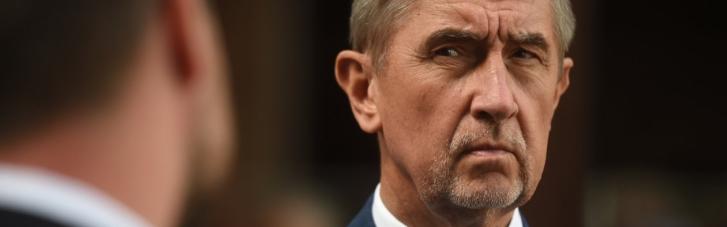 """Взрывы в Чехии: премьер обвинил Земана в """"нехорошем"""" поведении"""