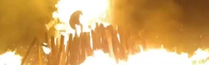 В Коростене на праздновании Купала взорвалась костер с пиротехникой: есть пострадавшие (ФОТО, ВИДЕО)