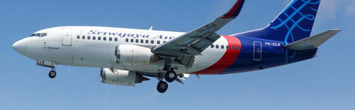 В Индонезии с радаров пропал самолет Boeing с 59 пассажирами