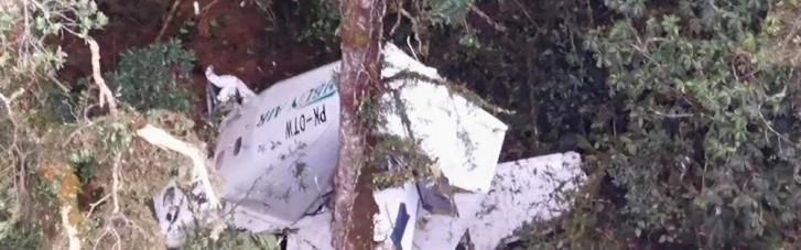 В Індонезії розбився вантажний літак: троє членів екіпажу пропали безвісти